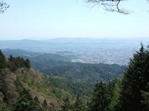 愛宕山から京都市街を望む