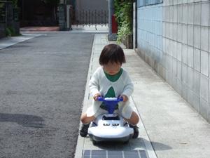 新幹線に乗る長女