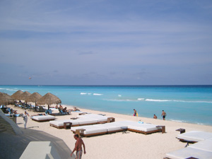ME by Melia, Cancun のビーチ