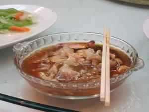 初めて食べる駱駝(ラクダ)の肉