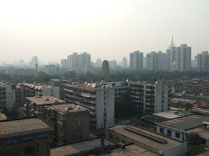 西安ホテルの客室から小雁塔を臨む @ 西安,中国