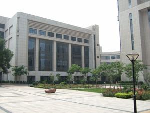 西安交通大学のキャンパス(会議があった建物)