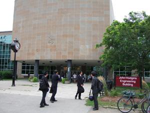 化学工学が入っている建物 @ McMaster University (Hamilton, Canada)