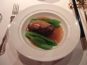 煮鮑(アワビ)のスライス生子(なまこ)添え@香宮,シャングリラホテル,香港