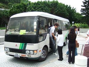 用意していただいた香港科技大学HKUSTへのバス