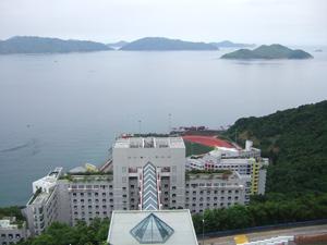 海に面した香港科技大学HKUSTのキャンパス