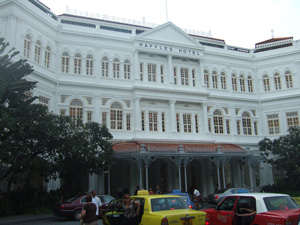 ラッフルズホテルの正面@シンガポール