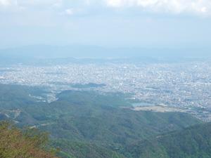 愛宕神社から京都市街を一望