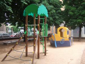 フランスの公園の遊具はかわいらしい@リヨン