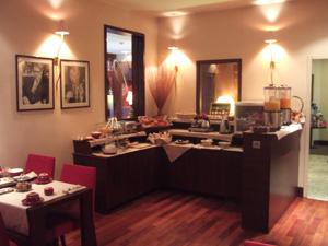 ホテル Le Roosevelt の朝食@リヨン,フランス