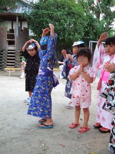 おどり@幼稚園の夏祭り
