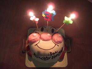 長女のバースデーケーキはアンパンマン