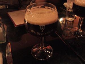 ベルギーのと思われる濃い黒ビール@フィラデルフィア