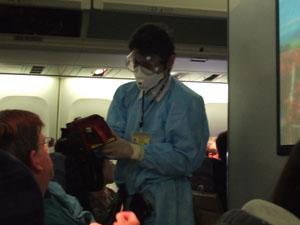 検疫官による豚インフルエンザ感染検査@成田空港