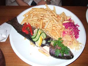 CHACZAPURIのマス料理@クラクフ, ポーランド