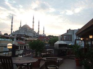 Obelisk Terraceからスルタンアフメット・ジャーミィ(ブルーモスク)を臨む@イスタンブール, トルコ
