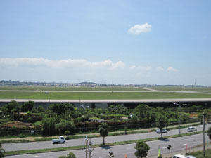 道の駅からアメリカ空軍嘉手納基地を一望@沖縄