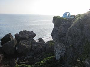 断崖絶壁に建つ平和の塔@喜屋武岬, 沖縄