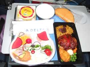 ノースウェスト航空の子供用機内食@ハワイ家族旅行