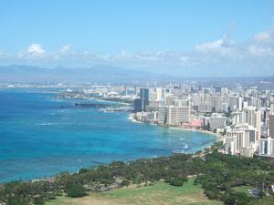 ダイヤモンドヘッド頂上から望むワイキキビーチ@ハワイ家族旅行