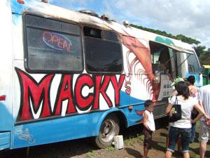 シュリンプで有名なMacky's@ハワイ家族旅行