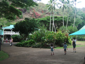 ワイメア渓谷ハイキング終了@ハワイ家族旅行