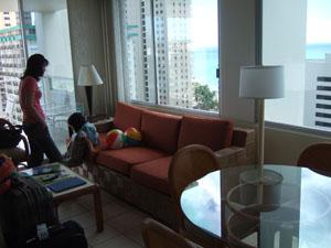 チェックイン直後の部屋@ハワイ家族旅行
