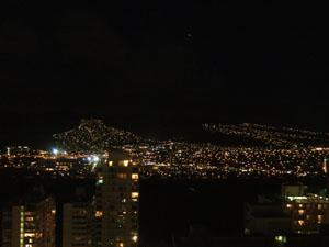 バルコニーから見る夜景@ハワイ家族旅行