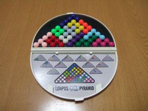 ロンポス4Dパズルの3角形の平面パズル