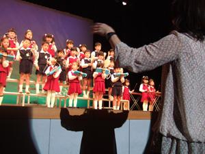年長さんの合奏@幼稚園のリズム発表会