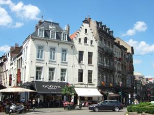 グランサブロン広場のゴディバ(Godiva)とノイハウス(Neuhaus)@ブリュッセル, ベルギー