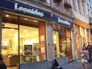庶民派?レオニダス(Leonidas)@ブリュッセル, ベルギー