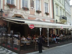旧市街広場のKAMENNY STUL@プラハ