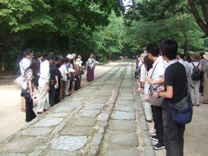 先祖の霊と王のための道@韓国ソウルの宗廟