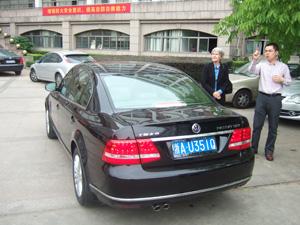 公用車VWパサートで送迎@浙江大学