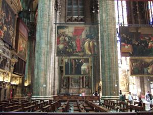 絵画だらけのドゥオーモ(Duomo)@ミラノ
