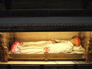 聖人のミイラ?@ミラノのドゥオーモ(Duomo)