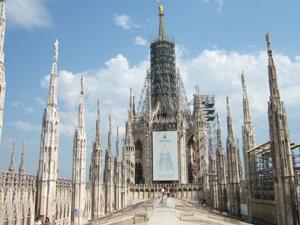 ドゥオーモ(Duomo)の屋上に登る@ミラノ