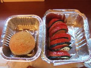 モッツァレラのコロッケとグリルしたトマトとナス@ミラノの高級食材店PECK