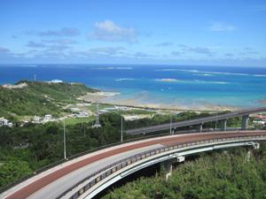 ニライカナイ橋と沖縄の海@沖縄研究室旅行