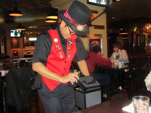 ハードロックカフェでのテーブルマジック