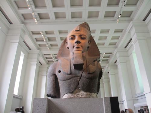 でかいラムセス2世像@ロンドン大英博物館