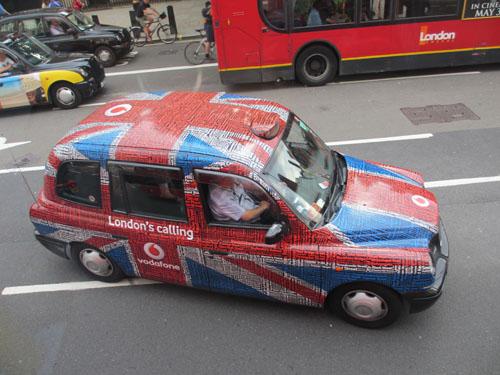 ユニオンジャックなロンドンのタクシー