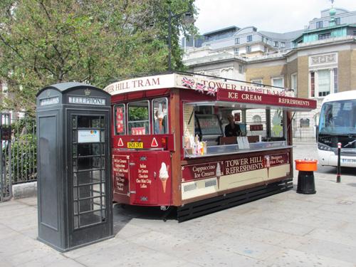 ロンドン塔近くのアイスクリーム屋@ロンドン