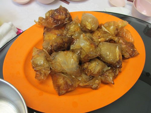 ヒルマンレストランのペーパーチキン@シンガポール
