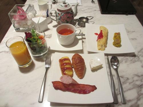 クラブラウンジでの朝食@InterContinental Hotel Singapore