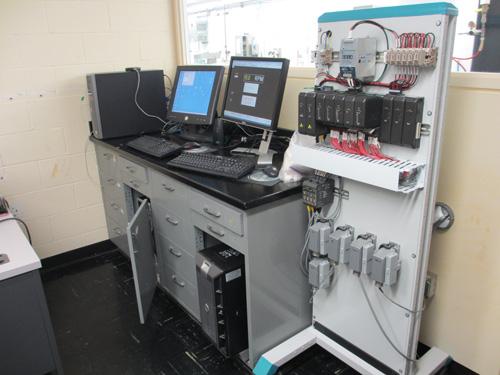 分散型制御システムDCSもあるDCPTの実験室@The Duquesne University