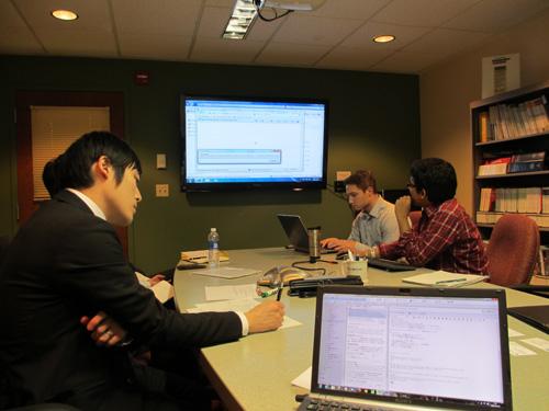 DCPTの学生による研究紹介@The Duquesne University