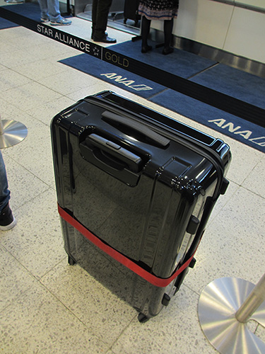 ZERO HALLIBURTONの軽量スーツケース