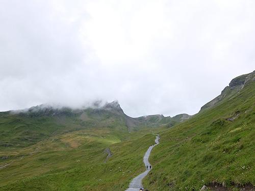 """""""フィルストからバッハアルプゼーへのハイキングコース"""""""